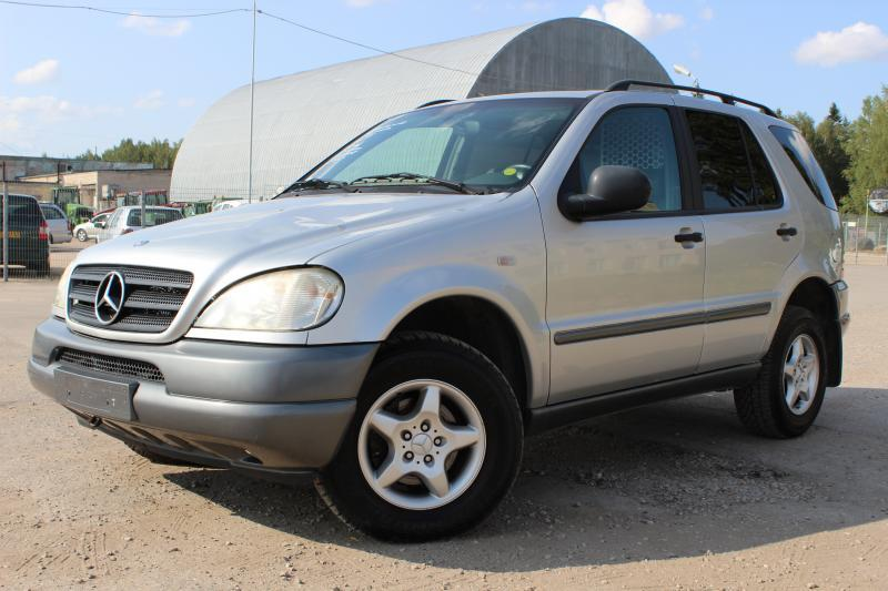 Mercedes-Benz,  ML320 , krovininis